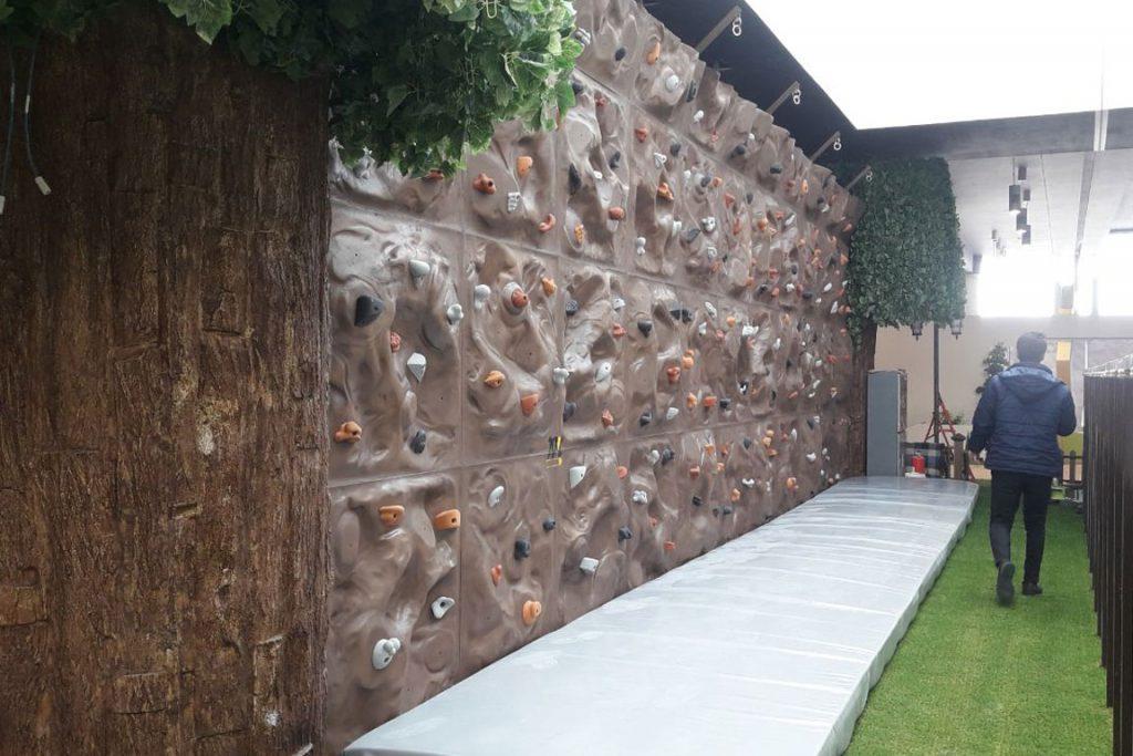 دیواره صخره نوردی کودکان،باغ کتاب تهران 1