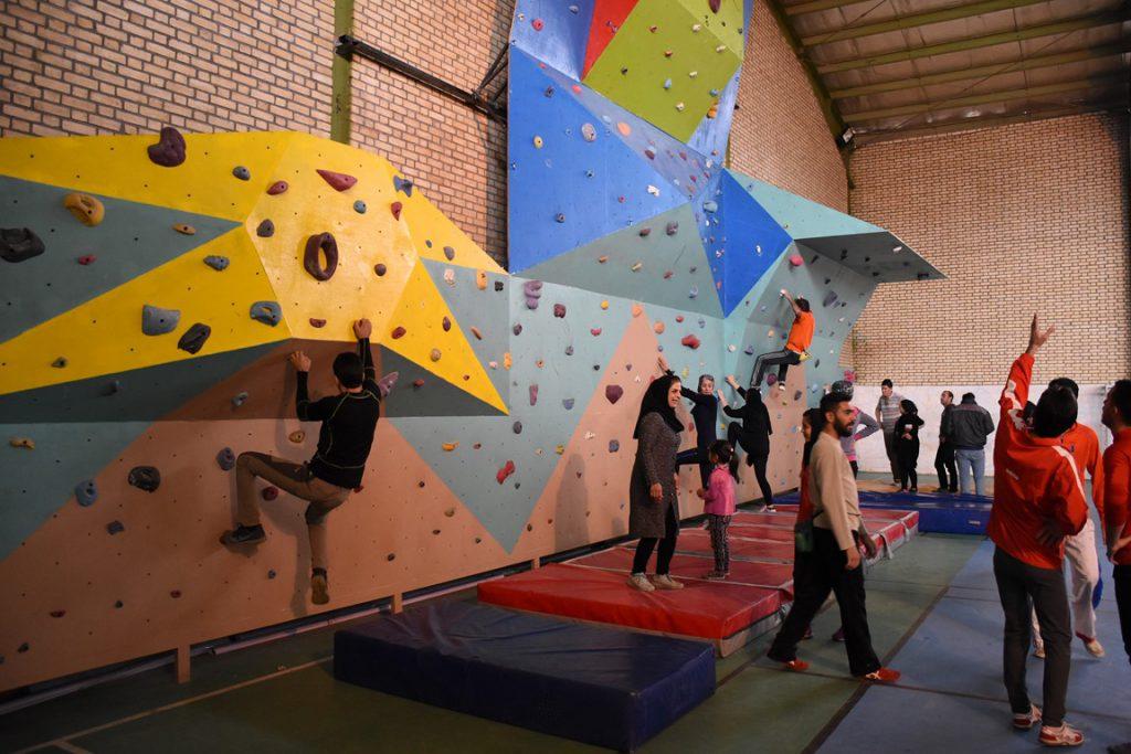 دیواره سنگنوردی دلیجان، اداره ورزش و جوانان 7