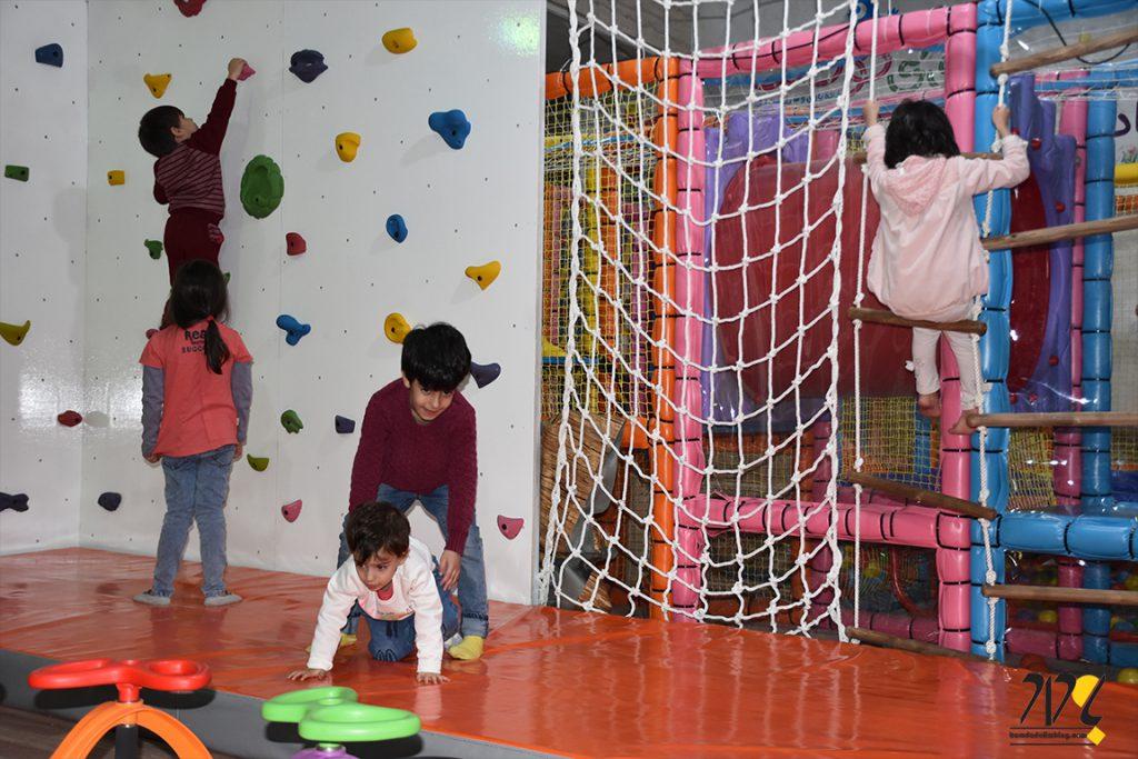 دیواره سنگنوردی مرکز بازی قم